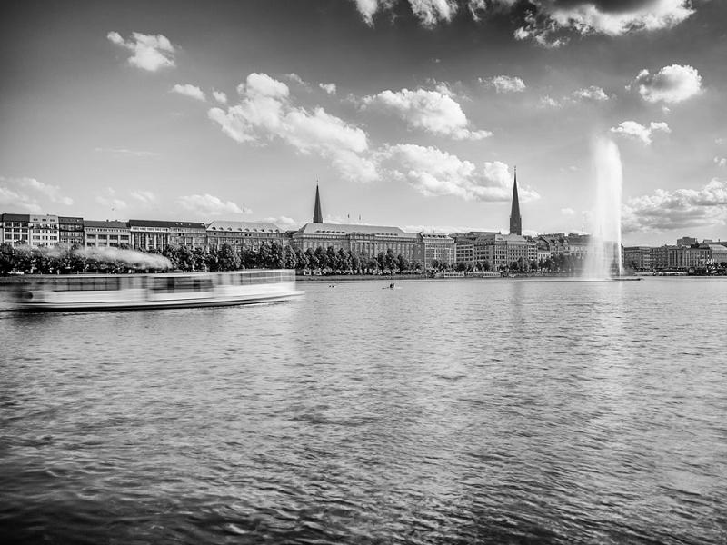 Alster Hamburg s/w 875 |  |