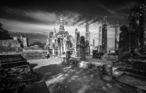 Tempel Ruine Thailand s/w 886     
