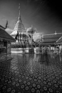 Alte Tempelanlage innen Thailand s/w 904 <br />Philipp Neise <br />