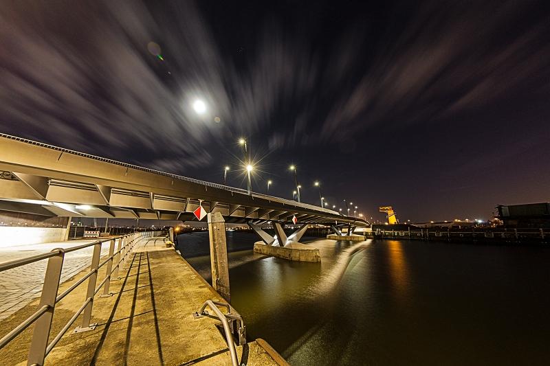 Hafencity bei Nacht Hamburg     