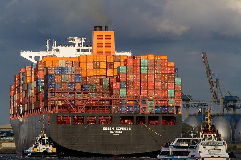 Essen Express Schiff Hamburger Hafen     