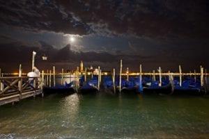 Gondeln Venedig bei Nacht | Bernd Willeke |