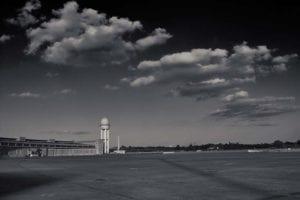 Tempelhofer Feld Berlin s/w Motiv 1161 | Nasario Khan |