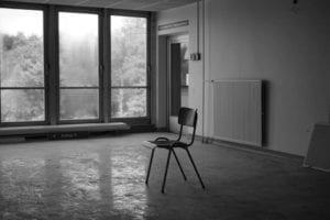 Einsamer Stuhl Motiv 1345 | Sebastian Klaffka |