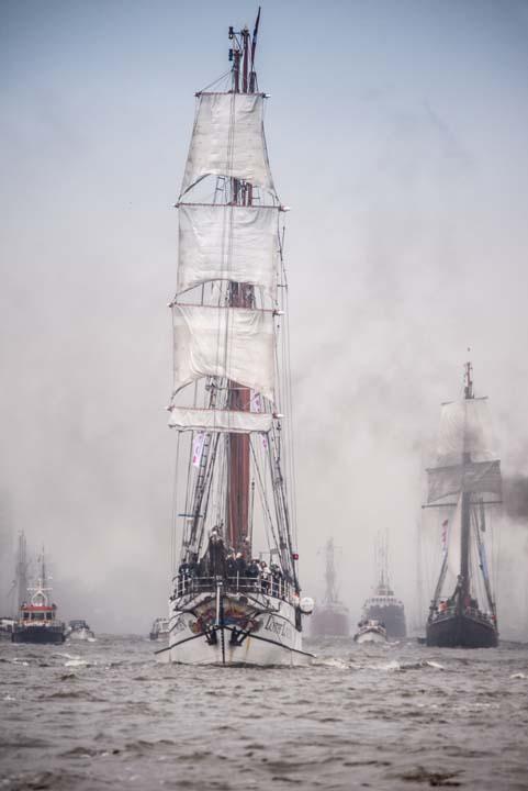 Segelschiff Regen Hafengeburtstag Motiv 1631     