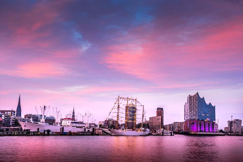 Sonnenuntergang Hafen Elbphilgarmonie Motiv 1639     